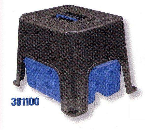 Universalstuhl mit Kunststoff-Werkzeugkasten - komplett 1